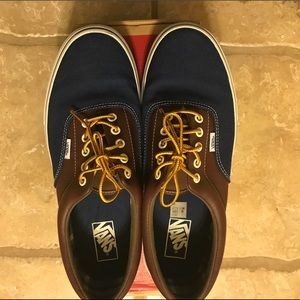Size 11 vans. Great condition.